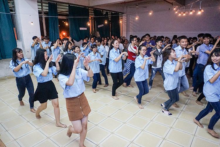 DH van lang doi cong tac xa hoi 05