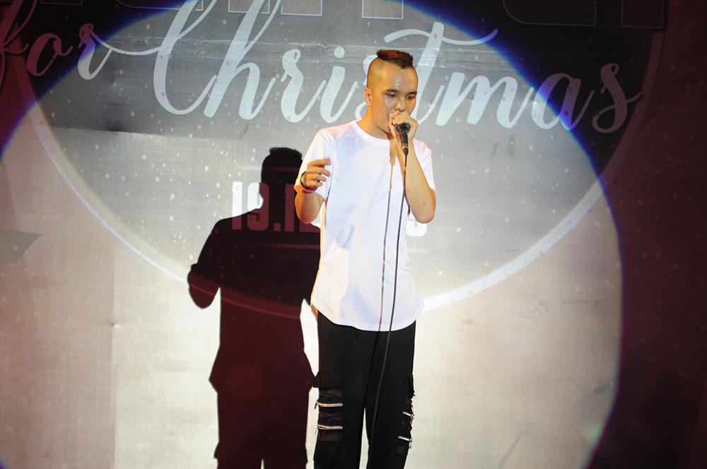vlu dem nhac light up for christmas h